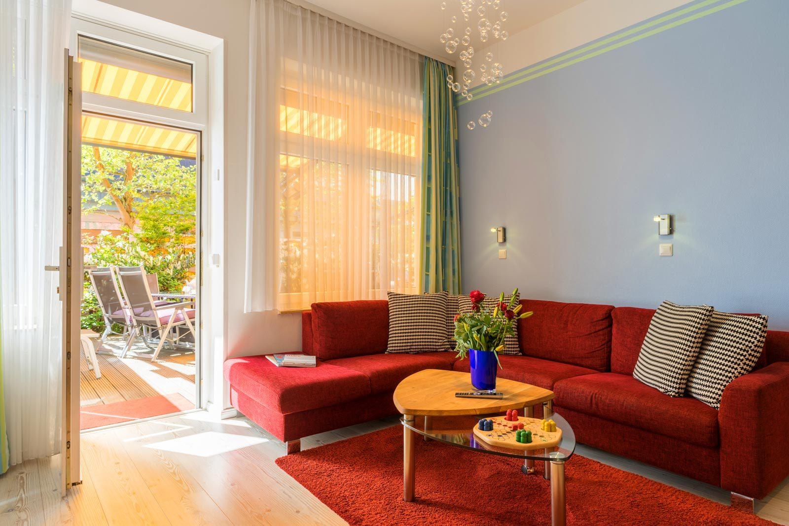 Wohnraum Apartment Sonnendeck mit Blick auf Terrasse
