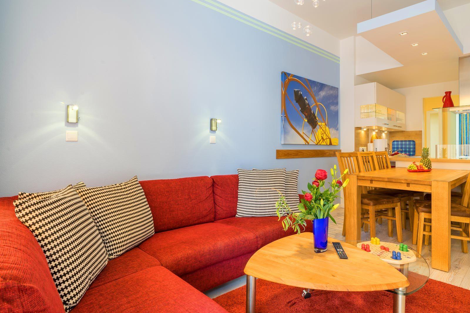 Apartment Sonnendeck Wohnraum und Esstisch