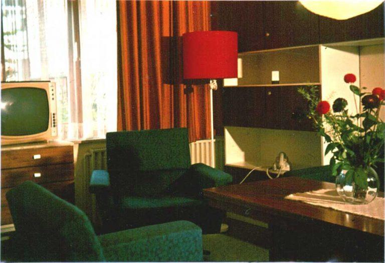 Wohnzimmer Appartement Lübeck (heute Apartment Achterdeck) circa 1974