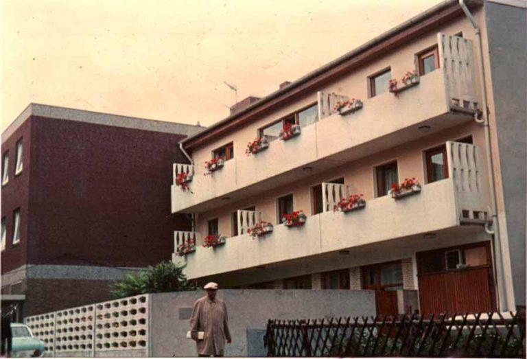 Frontansicht Elite Appartements circa 1969